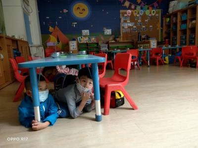 幼稚園 明 舞